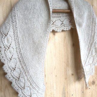 châle tricoté à la main en mohair
